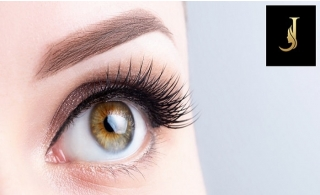 3D Eyelash Extensions at Joseph Dimerji Salon.