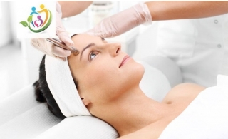 Choice of Microdermabrasion or Dermapen or Hydrafacial at American Medical Center.