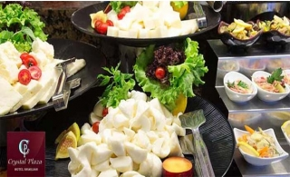 Crystal Plaza Hotel Lunch or Dinner Buffet