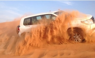 Red Dunes Desert Safari with Pick up & Drop off from Arabian Tourism.