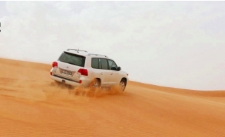 Evening Desert Safari Packages from Arabian Holiday Tours. Transportation options available.