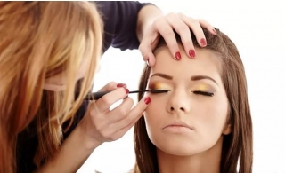MAC Three-Hour Make-Up Masterclass for One or Two at Glam Make-Up Academy at Grand Millennium Hotel.