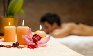 60-90 Minutes Oil therapy or/and Moroccan Bath from AED 65 at Right Lounge Gents Personal Care