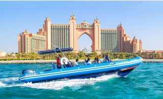 90Minutes Speedboat Sightseeing Trip along Palm Jumeirah, Atlantis, Burj Al Arab, Lagoon and Marina.