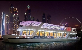 125ft Yacht 5* Dinner Cruise at Dubai Marina